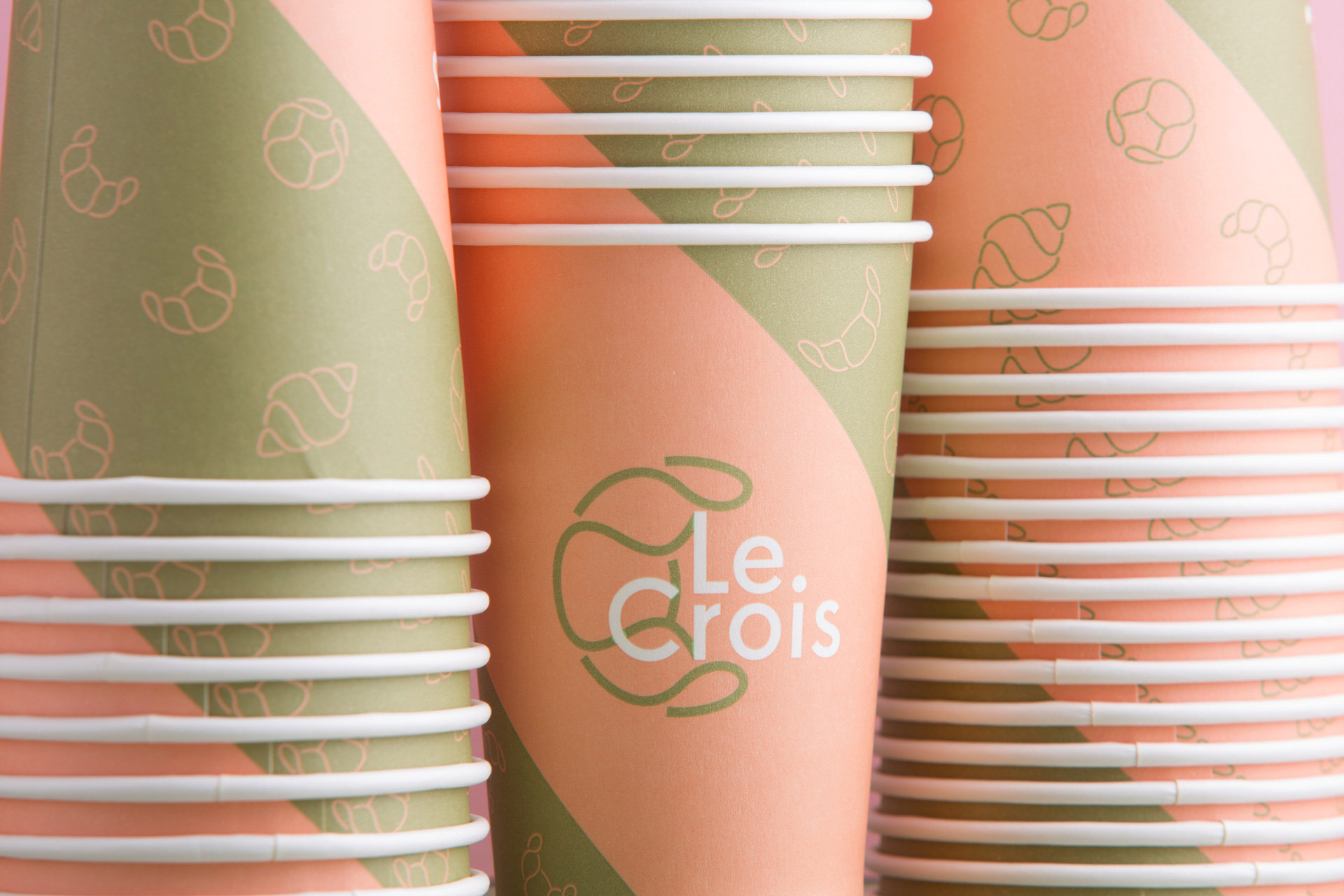 Le Crois coffee cup